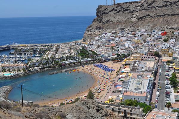 Beach of puerto de mogan - Puerto mogan gran canaria ...